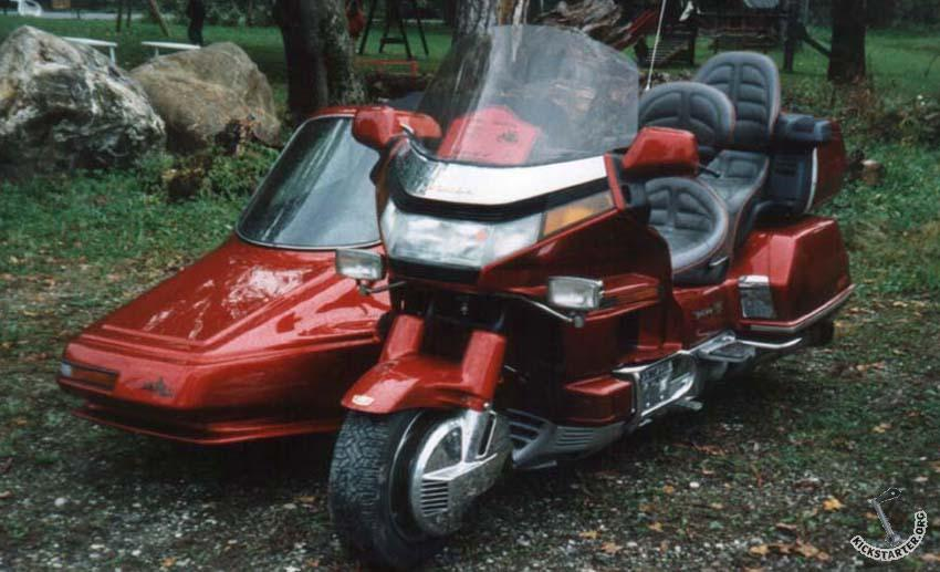 Honda Goldwing + Saphyr Hechard - --